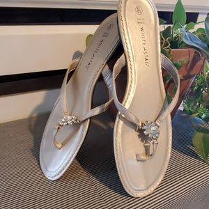 WHITE STAG Sandals.       #189